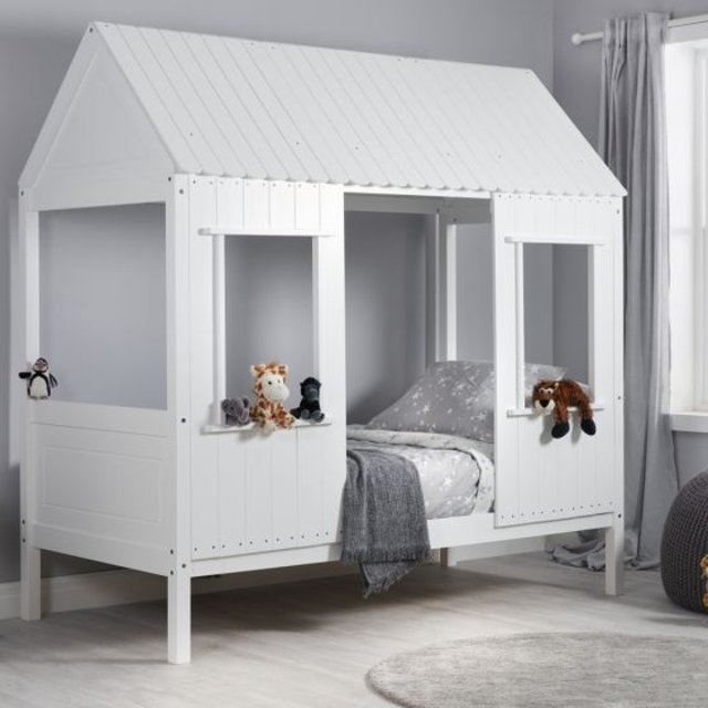 Hedwig White Wooden Treehouse Bed
