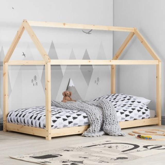 House Pine Wooden Bed