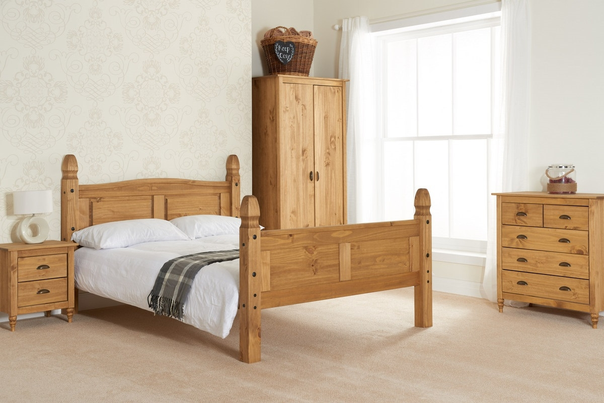 Pembroke Pine Wooden Bedroom Furniture Collection