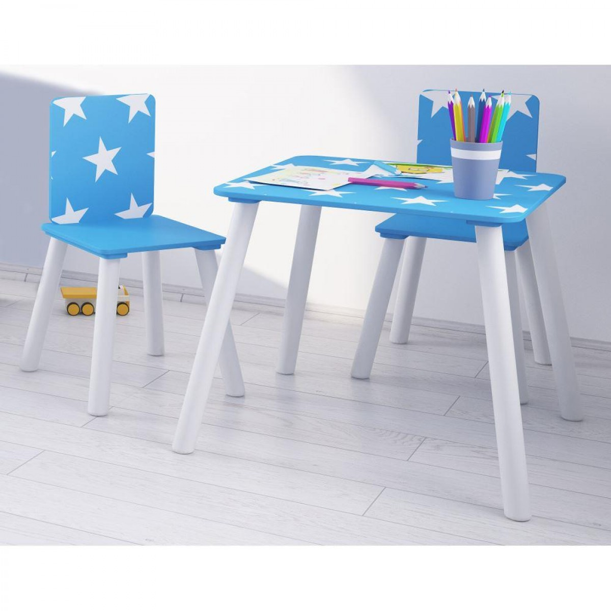 Star Blue and White Table and Chairs