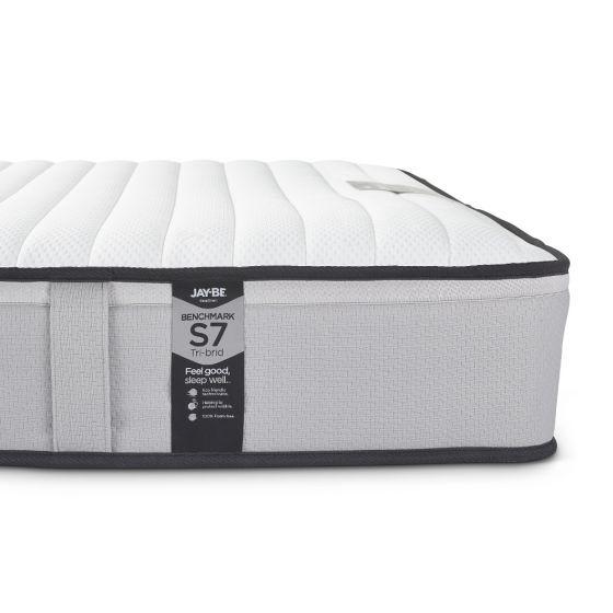 jay-be-benchmark-s7-tri-brid-pocket-spring-mattress