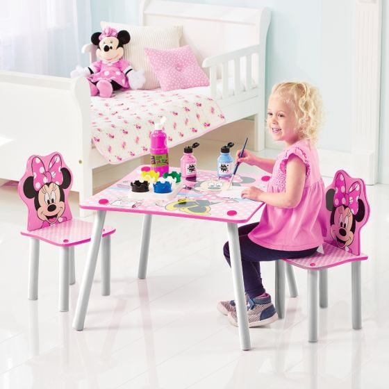 Minnie Mouse Table and Chairs