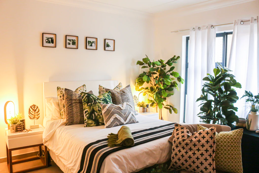 How to Style a Bed Like an Interior Designer